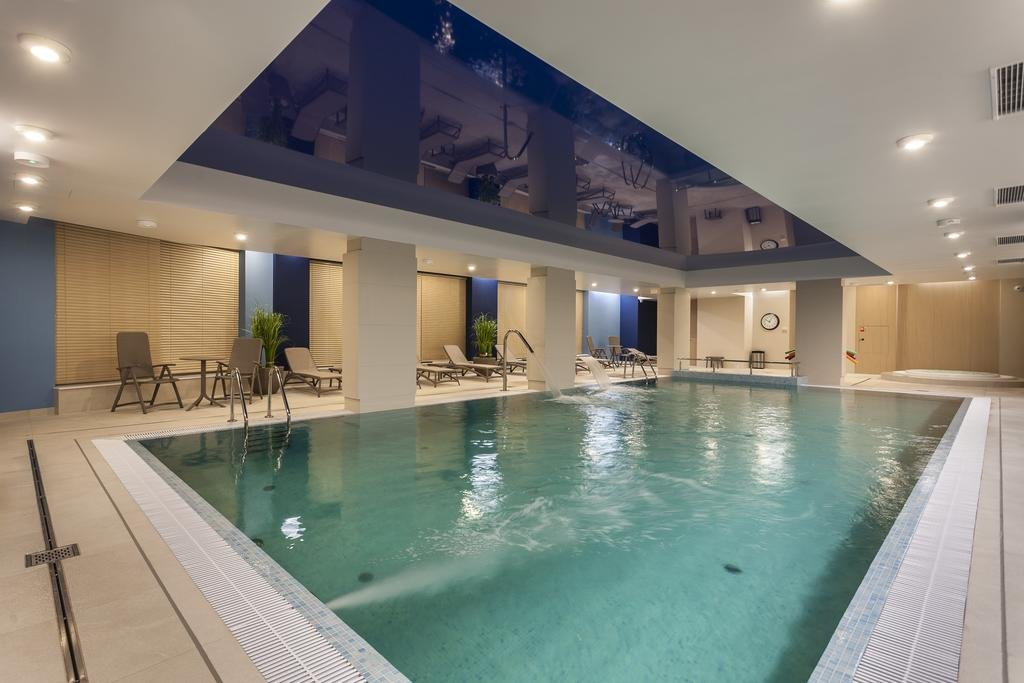 Få en forsmak på sommeren (mai og juni) på fantastisk hotell med basseng